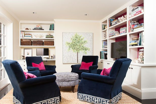 Custom Swivel Chairs Create Versatility In This Small Room