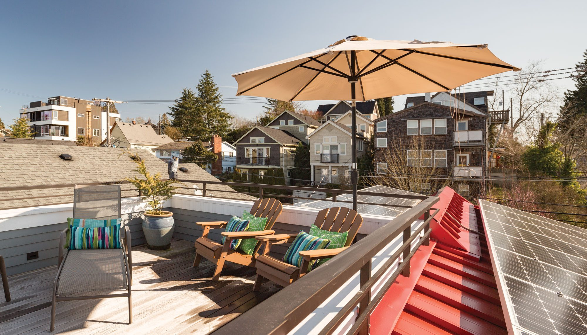 The New Rooftop Deck Of This 100 Year Old Leschi House