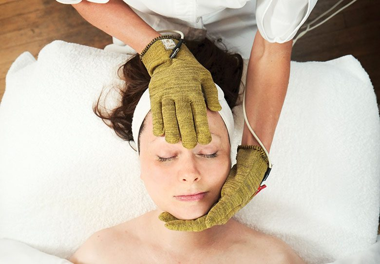 Electric Facial Treatments Are Being Called the New 'Scalpel-Less