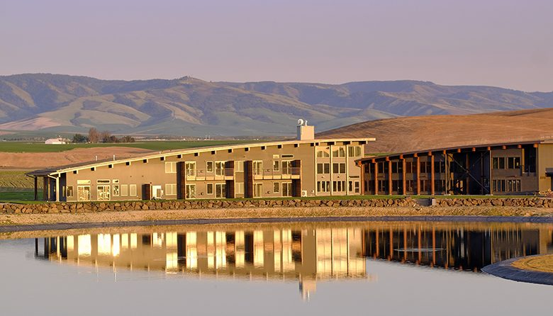 new walla walla resort is a perfect blend of comfort and luxury