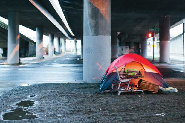 u201cLiving like this is harder than we pictured itu201d says George (right) who moved with Jessica (left) from North Dakota. u201cYou have to be strong to get ... & Tent Cities and Seattleu0027s Growing Homeless Population | Seattle ...