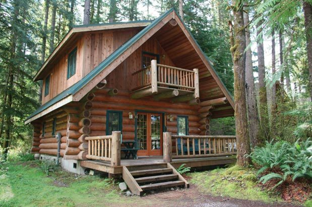 Vacation getaways cozy cabins seattle magazine for Cabins near mount magazine