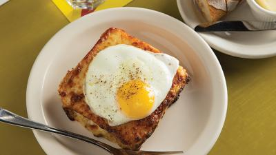 Seattle's Crafe Presse Croque Madame